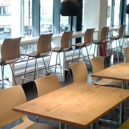 Neue Möblierung in der Cafeteria Elsterbecken