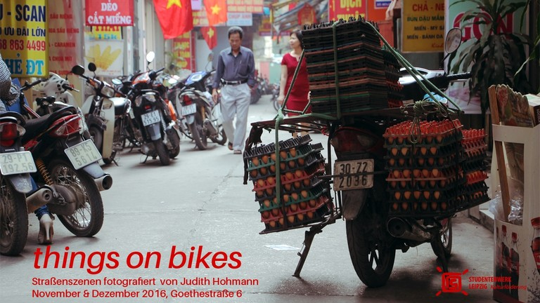 "Fotoausstellung ""things on bikes"" Judith Hohmann"