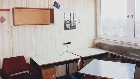 Altes Wohnheimzimmer aus den 90er Jahren, Tarostraße Studentenwerk Leipzig
