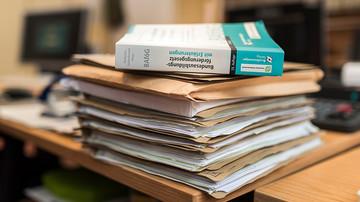 Rückwirkende BAföG -Antragstellung Regelstudienzeit Verlängerung