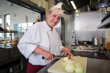 Karin Schlange Cafeterialeiterin